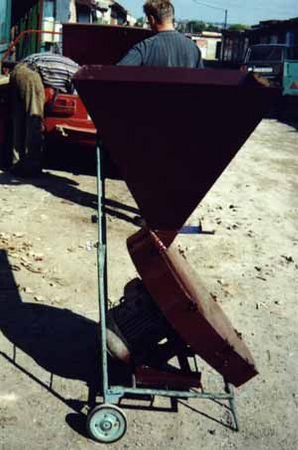 Чертежи крупорушки зерна мини.