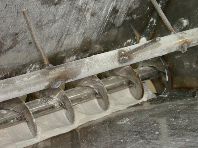 шнековый дозатор муки цемента