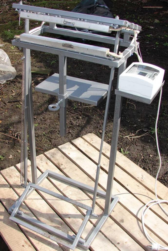 Запаечный стол  ножной прижим