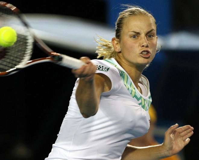 Красивые девушки в большом теннисе