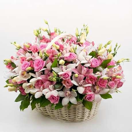 корзина цветов с доставкой на дом киев