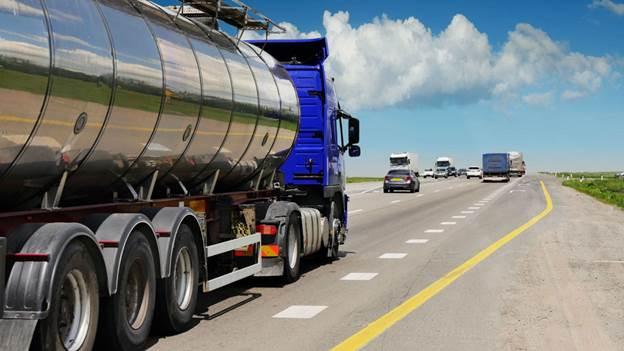 доставка бензина дизеля нефти